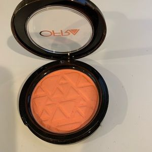 Ofra Blush in Mai Tai